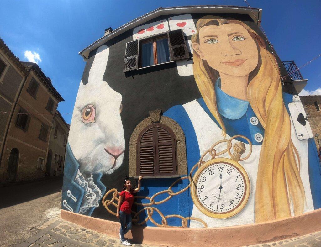 murales-fiabe-castel-santangelo-alice
